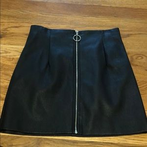 NEVER WORN Forever 21 Fake Leather Zip Front Skirt
